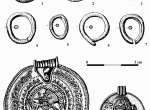 Fig. 1. Selected gold finds from Wapno, Wągrowiec district; 1. gold ring of D-shaped section, 2-7 chain links, 8 – large bracteat, type C of O. Montelius, 9 – small bracteat with a runic inscription SABAR, type C of O. Montelius (J. Żak 1962, with suppleme